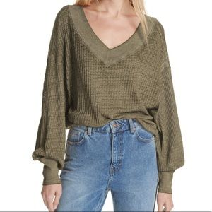 WE THE FREE MILITARY GREEN LONG SLEEVE CROP TOP